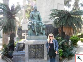 Julie in Recoleta Cemetery